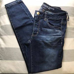 AMERICAN EAGLE SUPERSTRETCH JEANS